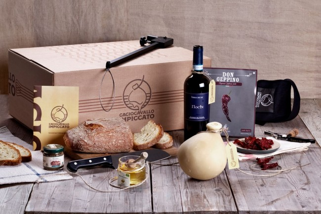 Todelli Cheese and wine box kit