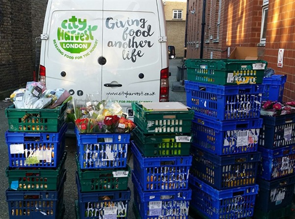 Todelli – Donating surplus food – to the City Harvest London Charity
