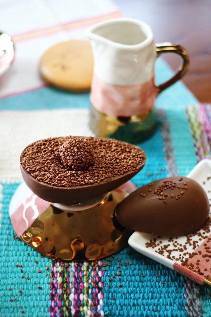 Decorate a chocolate egg - ideas - Todelli